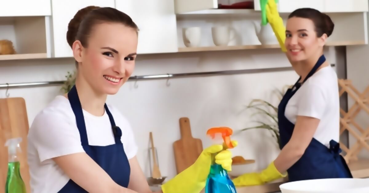 共働きといえども家事代行サービスを利用する?