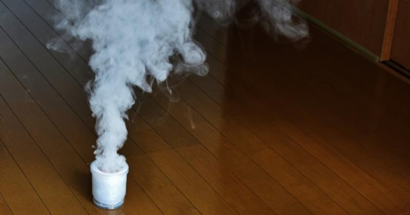 ダニ駆除用の燻煙剤